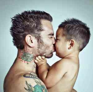 fatherhood_custom-9074686ba9d8f478e4ad3f58b9adf3aafe44561d-s6-c30