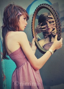 girl_reflection_mirror_bound