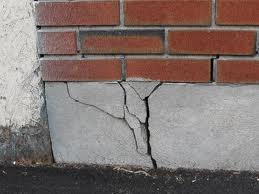 cracked-foundation