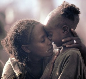 http://www.afronoire.com/wp-content/uploads/2014/04/ethiopian-mother-and-child.jpg