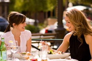 Two-Ladies-having-lunch-copy